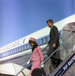 Source: Cecil Stoughton. White House Photographs. John F. Kennedy Presidential Library and Museum, Boston